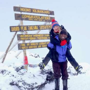 Zanim pojedzisz wspinać się na Kilimandżaro – poradnik dla początkujących