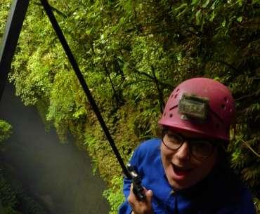 Zaginiony świat / Nowa Zelandia – eksplorowanie jaskini w Waitomo